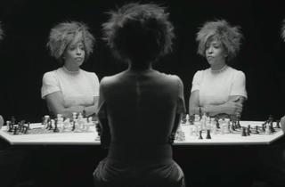('Chess', 2013 / Courtesy de l'artiste, Salon 94, New York, et Galerie Nathalie Obadia, Paris-Bruxelles / © Lorna Simpson)