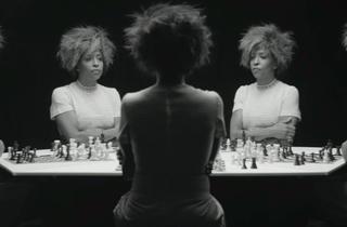 ('Chess', 2013 / Courtesy de l'artiste, Salon 94, New York, et Galerie Nathalie Obadia, Paris-Bruxelles / © Lorna Simpson)
