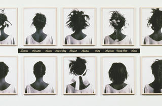 ('Stereo Styles', 1988 / Collection Melva Bucksbaum et Raymond Learsy / © Lorna Simpson)