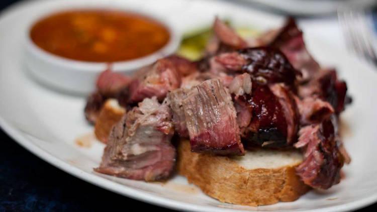 Pulled pork at Blue Smoke (Photograph: Pamela Ashley Pasco)