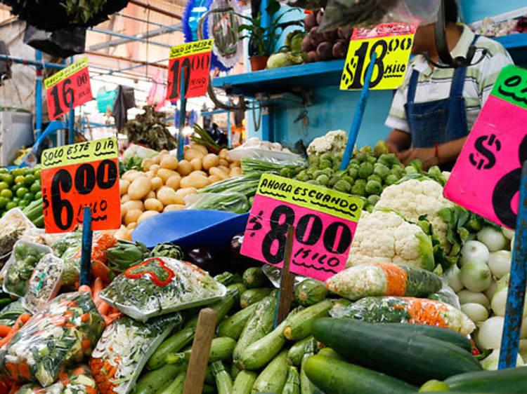 El bazar de los sábados en San Jacinto