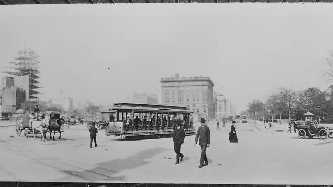 The Eighth Avenue trolley, New York City, 1904