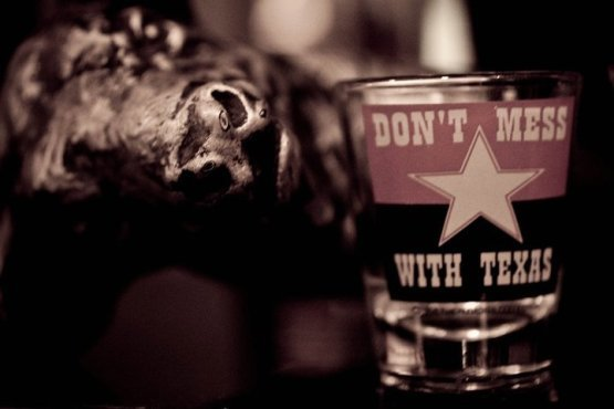 Cocktails • Le Red House