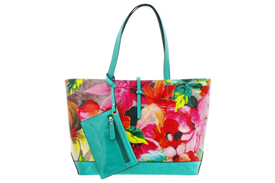 Stylish beach bags for summer