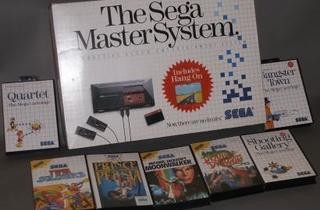 Console SEGA Master System I  (En boite complète sans notice - PAL EURO 1987 / © Millon & associés)