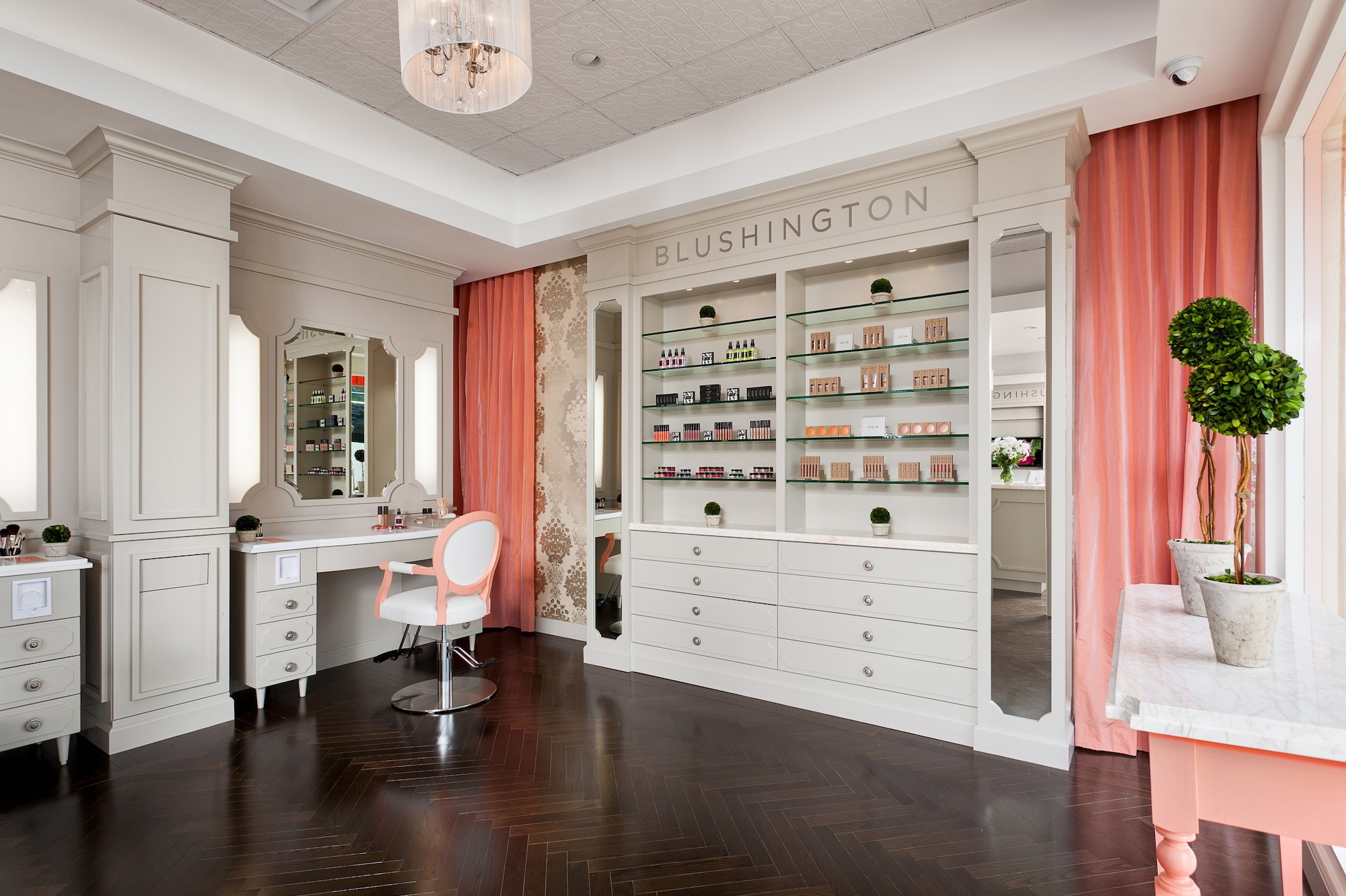 Beauty Salons Makeup Spots And More Places To Get Party Ready In La