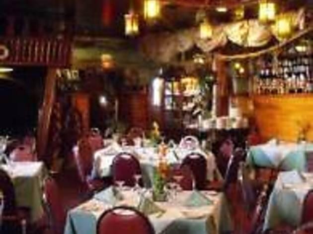 Titanic Bar & Restaurant