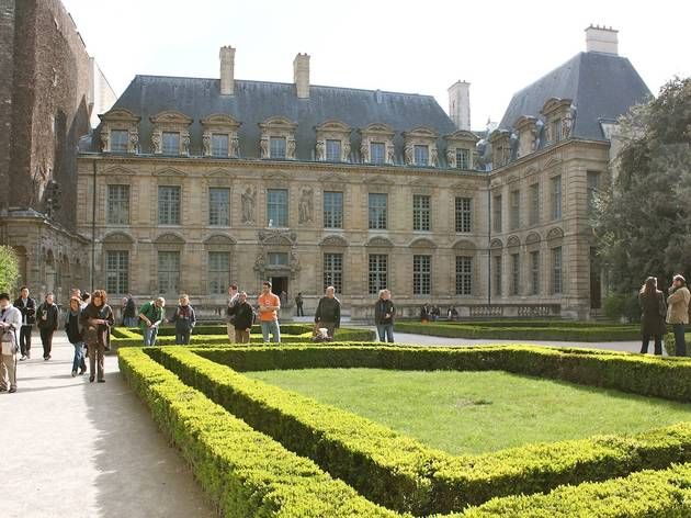 Jardin de l'Hôtel de Sully - © C. Griffoulières - Time Out Paris
