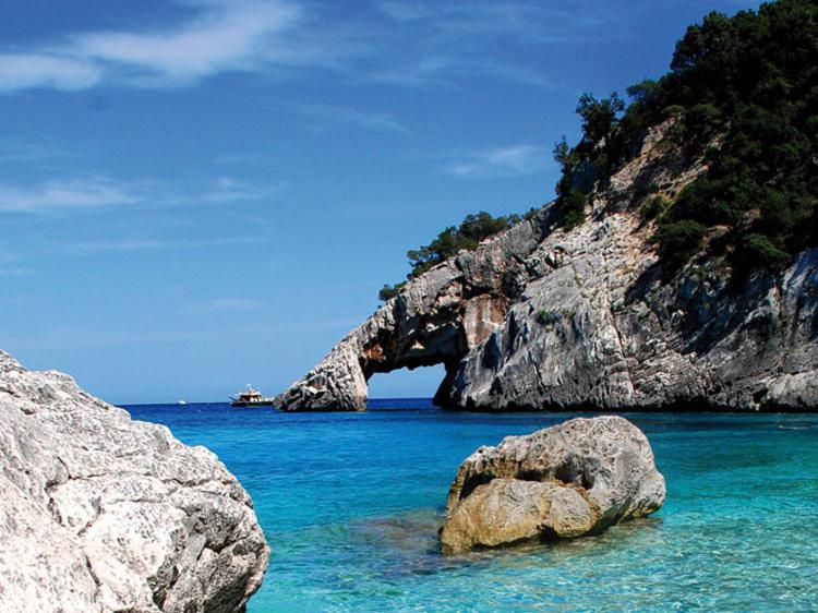 Vacances italianes (Sardenya 360 € la parella, Roma 280 € la parella)