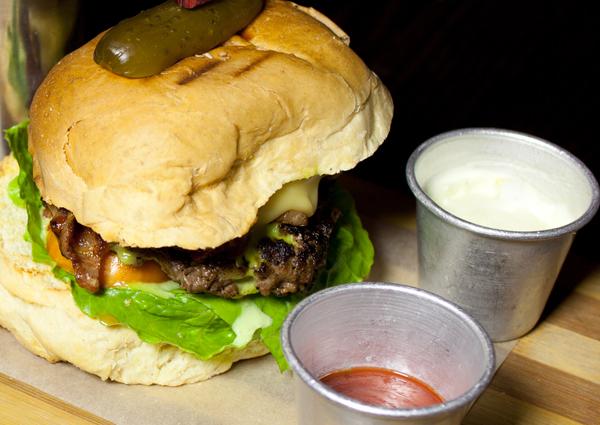 Burger, Lexington, bar, Accra, Ghana