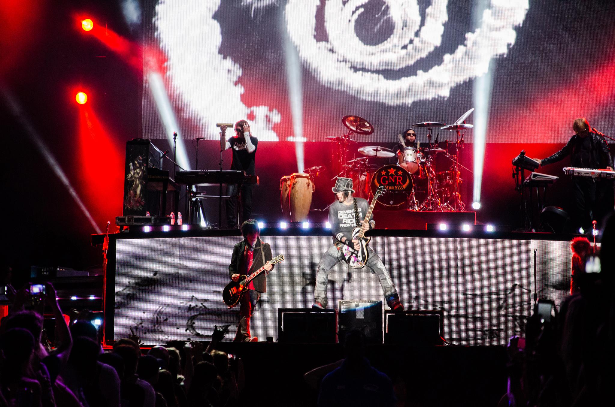 Guns N Roses at MetLife Stadium