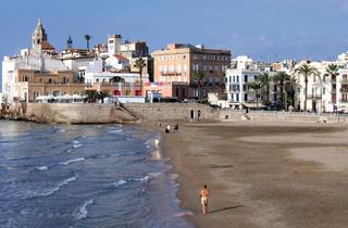 Platja de Sant Sebastià, Sitges