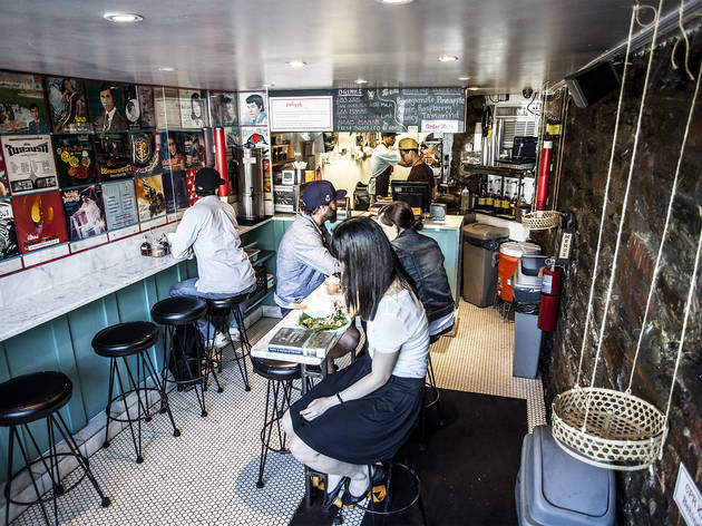 Best Cheap Eats 10 Restaurants To Eat On A Budget In Nyc