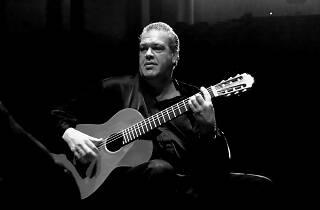 Sergi Vicente: Guitarras mágicas