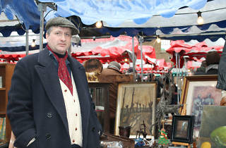 Spitalfields Antique and Vintage Market