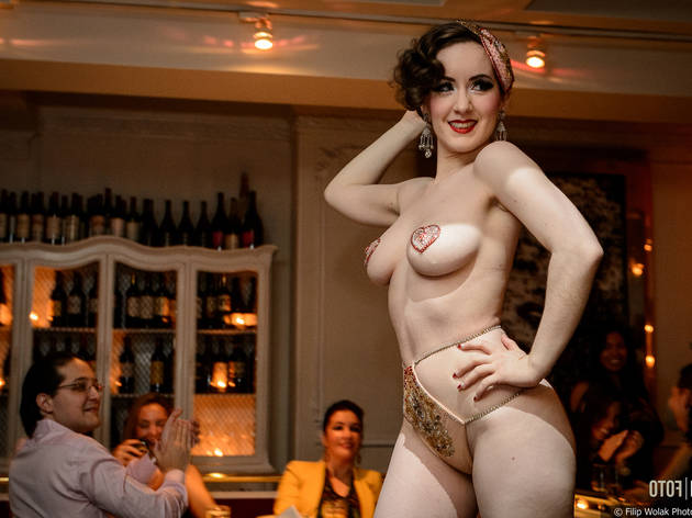 Nuit Blanche: Hollywood Vixens