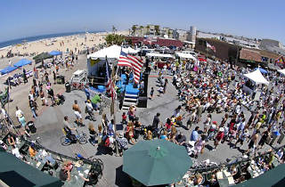 Downtown Hermosa Beach