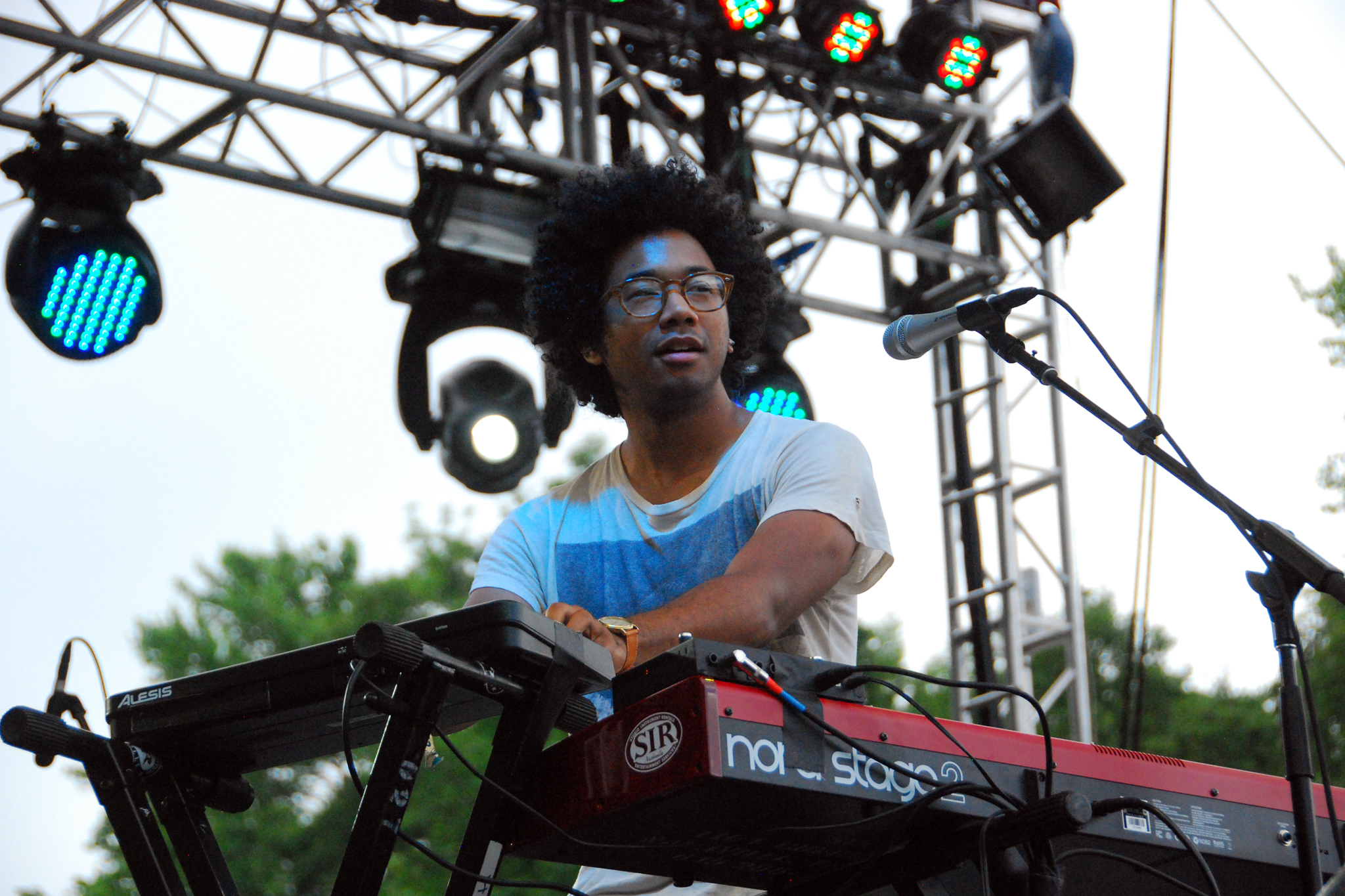 Toro y Moi + Vinyl Williams