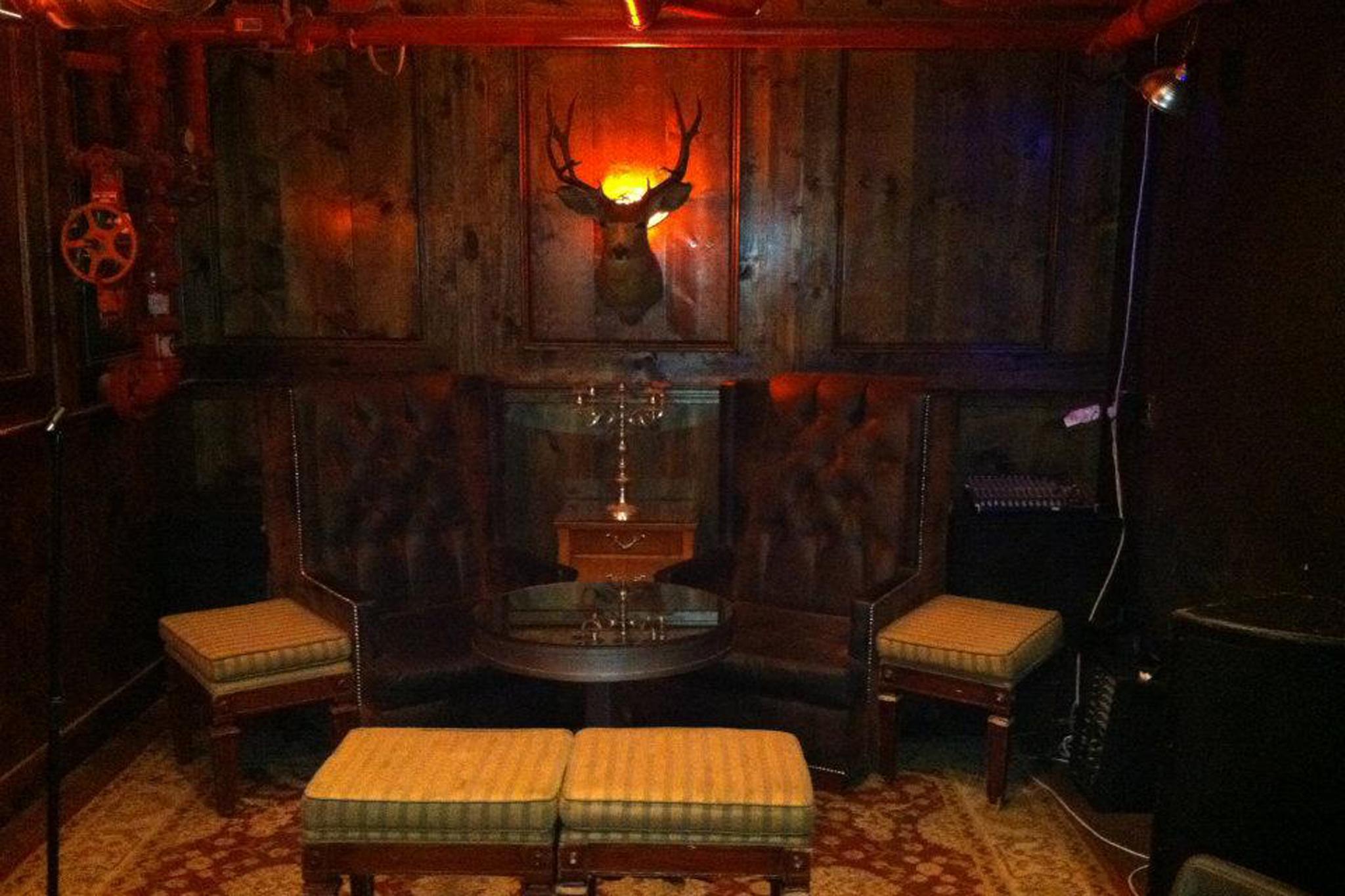 basement tavern at the victorian getting to santa monica s basement