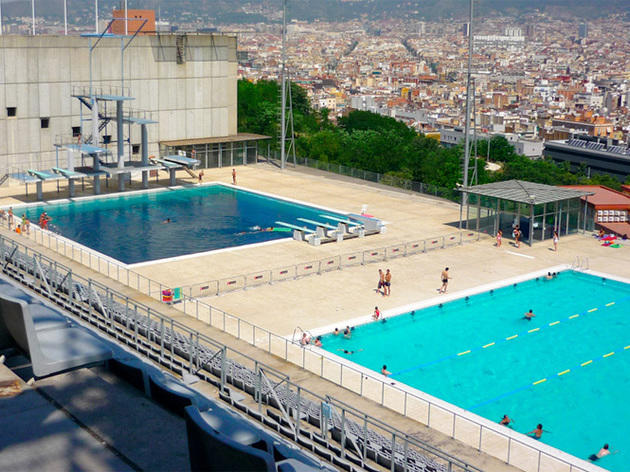 top public outdoor swimming pools in barcelona
