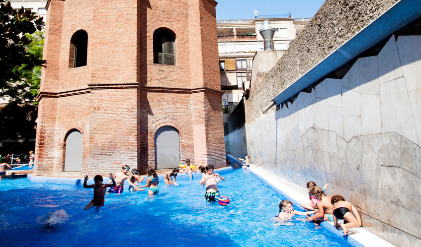 Swimming pools in Barcelona