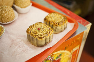 Moon cake at Lung Moon