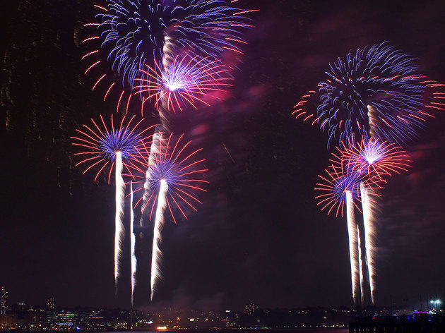 2016 s 4th of july fireworks in nyc at parks and