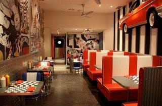 Big J's Burger Raval