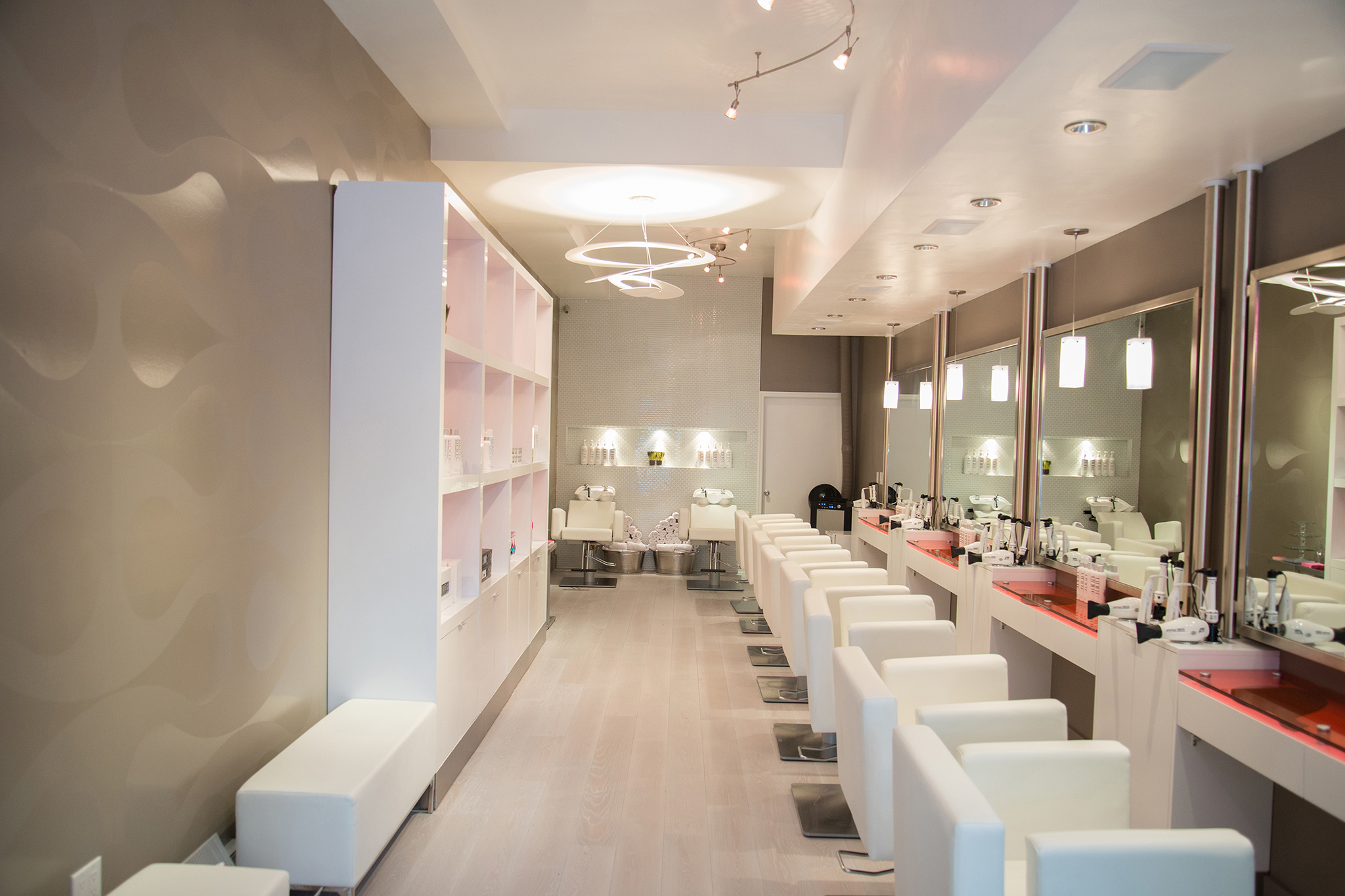 find a blow dry bar in nyc for great hair styles. Black Bedroom Furniture Sets. Home Design Ideas