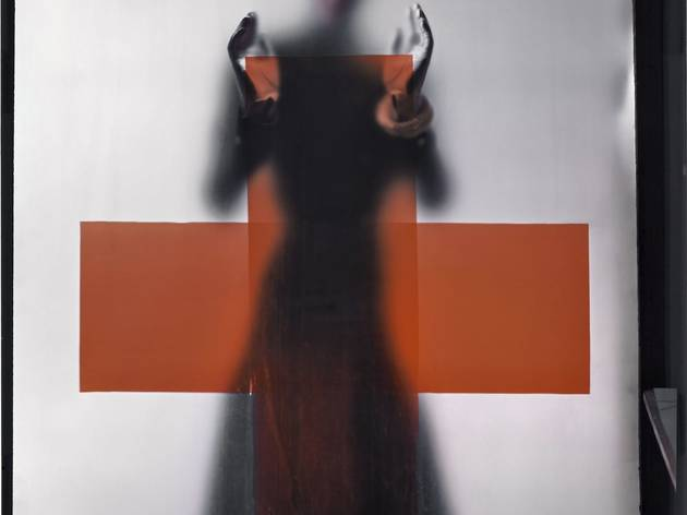 Erwin Blumenfeld (Support for the Red Cross for the cover of American Vogue, March 1945)