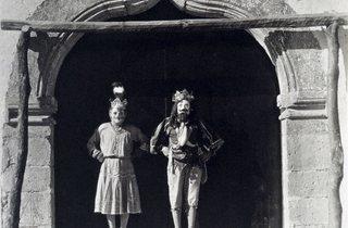 Manuel Alvarez Bravo  ('Lords of the Dance', 1931 )