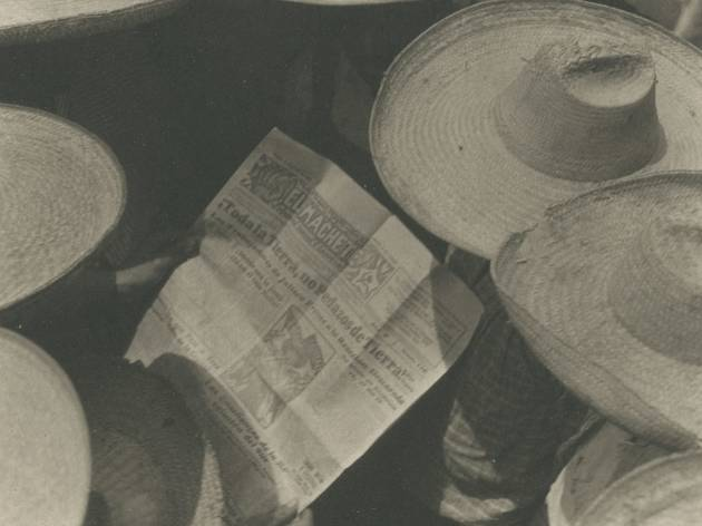 Tina Modotti  ('Workers Reading El Machete', c1929 )