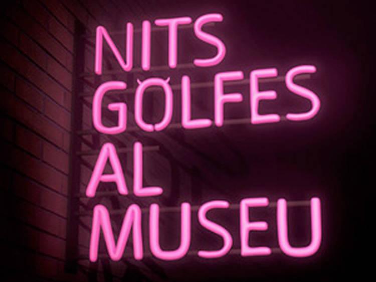 Fer el pendó al Museu d'Història