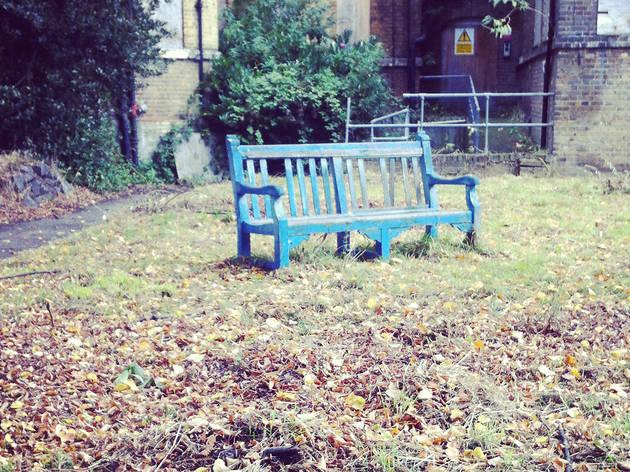 Shuffle, bench