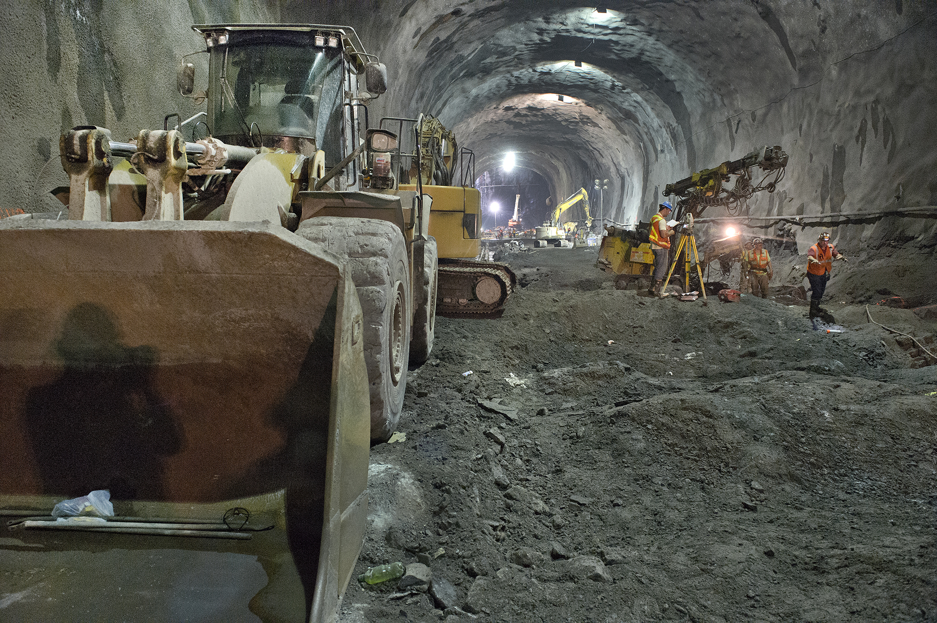 See progress on a Second Avenue subway station