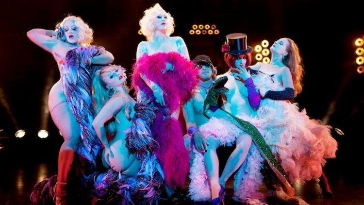 Cabaret New Burlesque (© Eric Deniset)