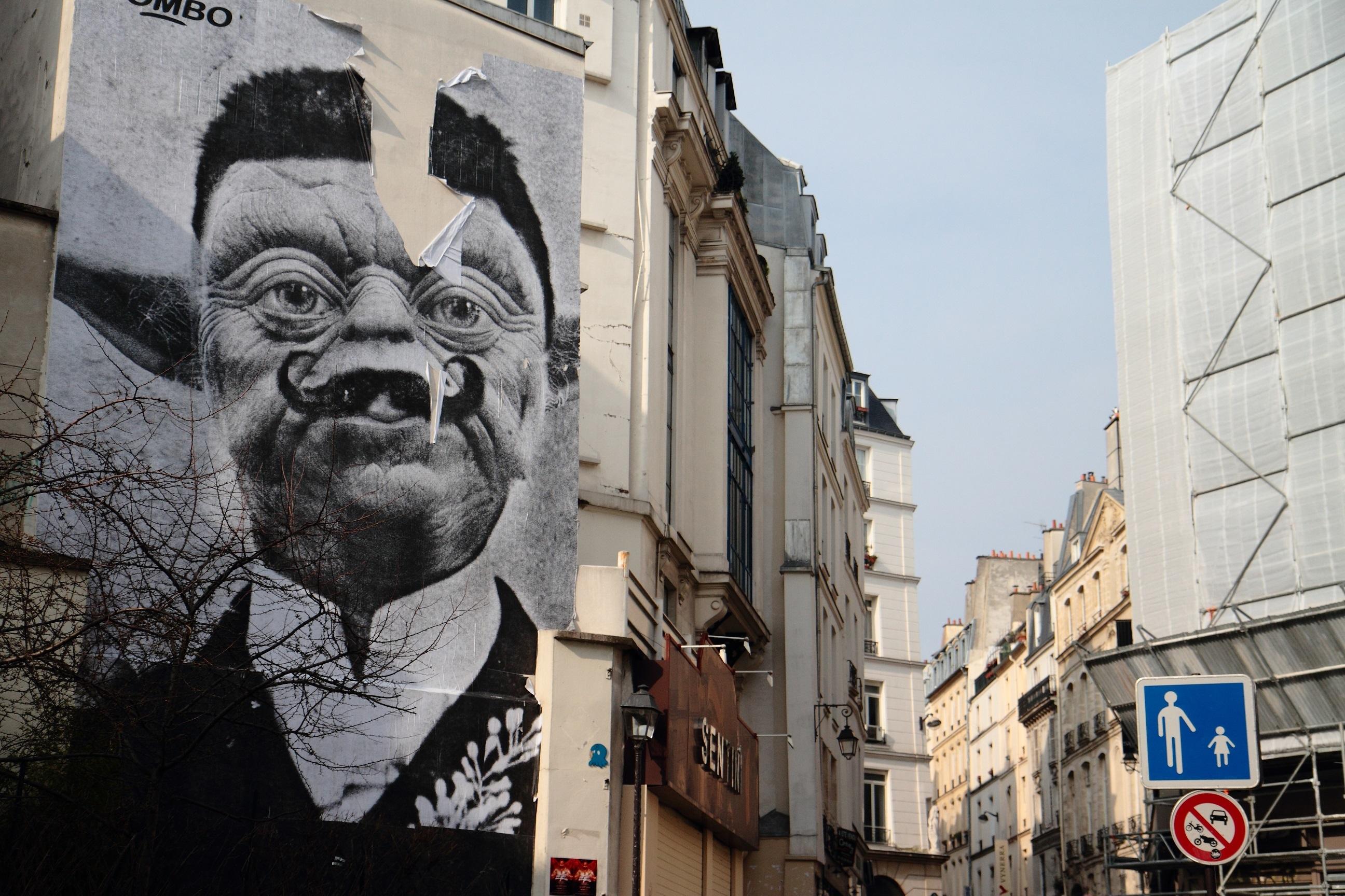 Street Art Yoda