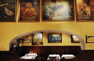 Volveremos a comer en nuestras mesas favoritas. Com la del Agut, por ejemplo.