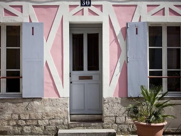 Rue Crémieux (© Virginia Rollison)