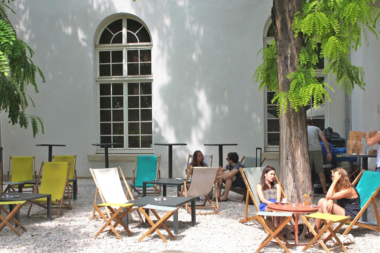 Le Café A