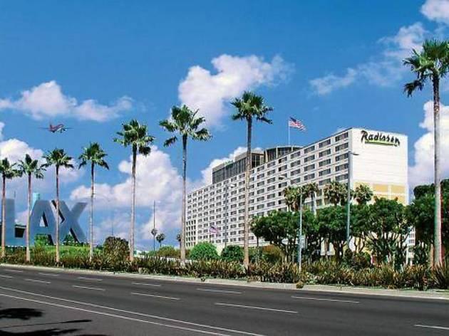 Radisson Los Angeles Airport Hotel (CLOSED)
