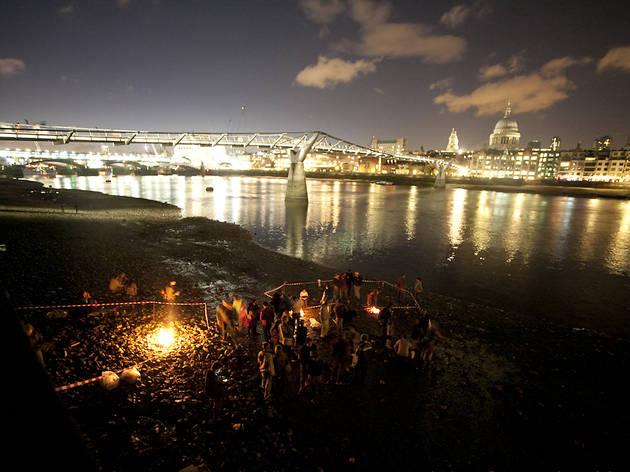 Thames Festival 2013: Firing on the Foreshore
