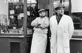 (Boucherie Emouna, 25 rue des Rosiers, 1975 / © Alécio de Andrade, ADAGP, Paris, 2013)