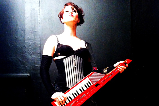 "Amanda Palmer & The Young Punx ""Map of Tasmania"""