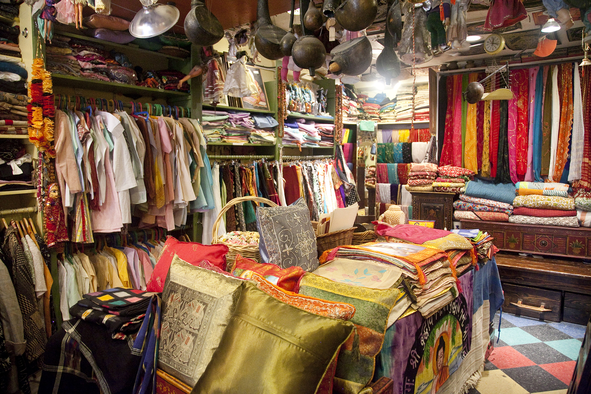 A store selling bangles and Pakistani and Indian clothing in Jackson Heights, a predominantly South