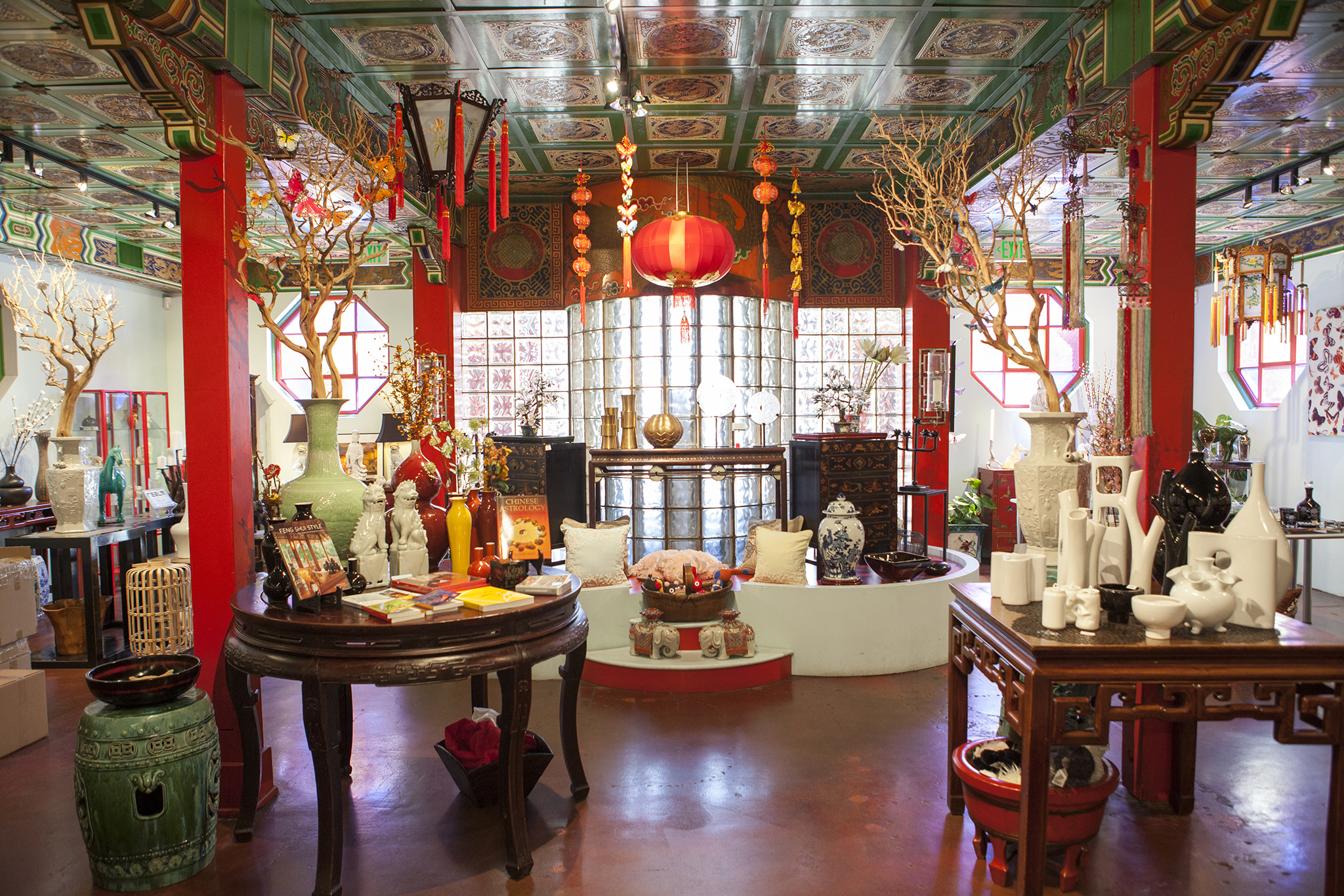 chinatown in los angeles from dim sum to walking tours. Black Bedroom Furniture Sets. Home Design Ideas