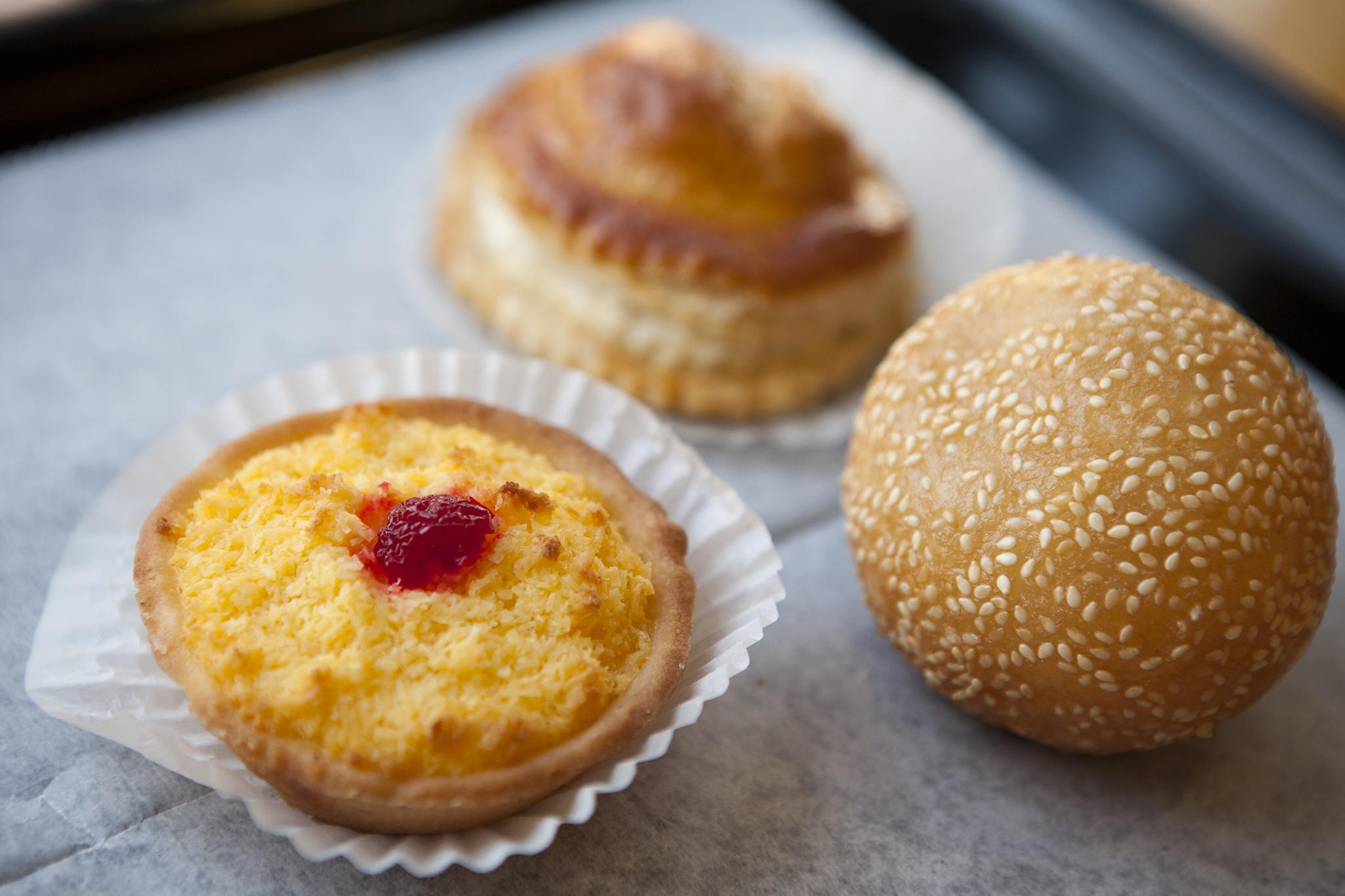 <p>Chinese pastries at Wonder Bakery</p>