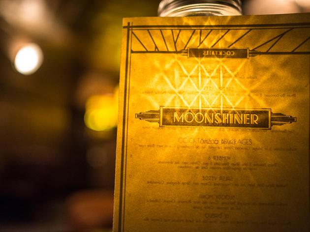 <p>&copy; Moonshiner</p>