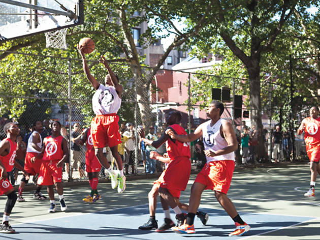 Streetball Shrines Nyc S Best Outdoor B Ball Courts
