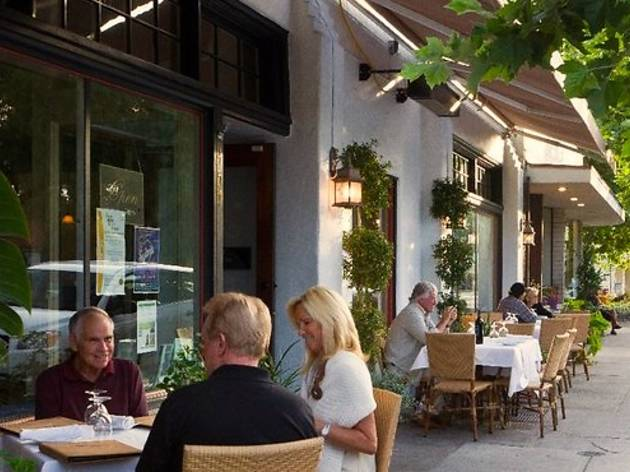 9 Best Ojai Restaurants And Bars To Visit Right Now